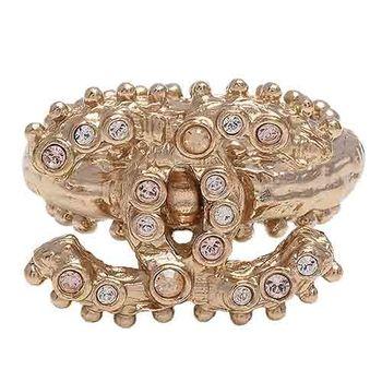 CHANEL 經典大雙C LOGO滾珠飾邊彩色水鑽鑲嵌造型戒指(金#55)