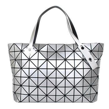ISSEY MIYAKE BAOBAO幾何方格7x12拉鍊托特包(金屬銀)亮面