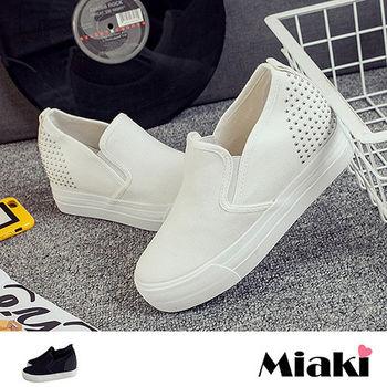 【Miaki】休閒鞋韓潮流個性鉚釘厚底懶人包鞋 (黑色 / 白色)
