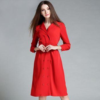 【M2M】韓版紅色雙排扣長袖風衣外套連身裙