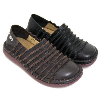 【GREEN PHOENIX】立體線條手縫套入式全真皮平底氣墊休閒包鞋-咖啡色、黑色