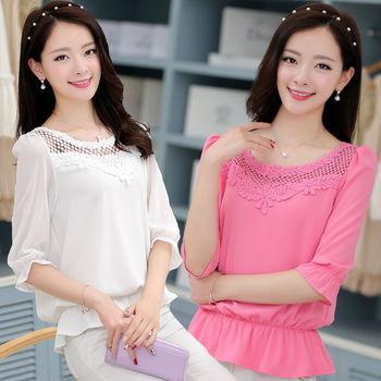 【理子時尚】純色甜美鏤空雪紡五分袖上衣(共二色)