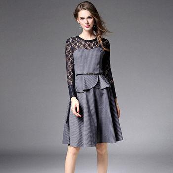 【M2M】圓領蕾絲拼接亮皮荷葉邊長袖連衣裙