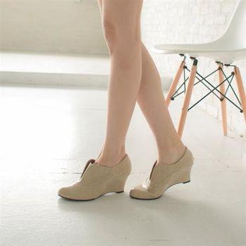 【TW Shoes】質感牛紋楔型踝靴(K130E2078)