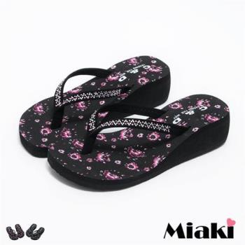 【Miaki】MIT 涼鞋韓彩鑽花朵防滑厚底夾腳涼拖(黑色 / 粉色)