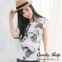 Candy小舖 新品特色款 刷破風格獨特渲染 T~shirt 黑 白 2色