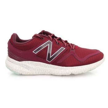 【NEWBALANCE】VAZEE 系列 女輕量跑鞋- 慢跑 NB N字鞋 酒紅
