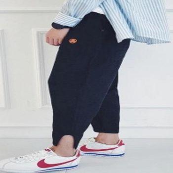【協貿國際】哈倫褲褲腳開叉設計男士修身版休閒褲單件