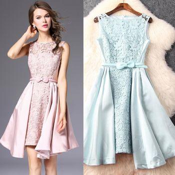 【M2M】純色無袖鏤空蕾絲拼接大擺連衣裙(共二色)