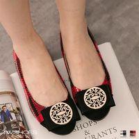 ~TW Shoes~針織格紋朵結金飾平底豆豆鞋 ^#40 2色 ^#41 ~K130A30