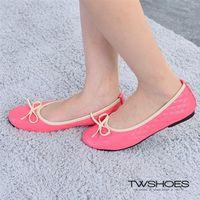~TW Shoes~甜美細緻蝴蝶結壓紋平底包鞋 ^#40 K110B3346 ^#41