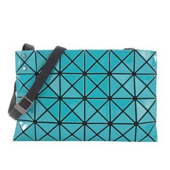 ISSEY MIYAKE 三宅一生BAOBAO 幾何方格亮面4x6小斜背包(藍綠)