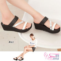 ~Shoes Club~~029 ^#45 6379~拖鞋. 製MIT  三帶混搭風楔型厚