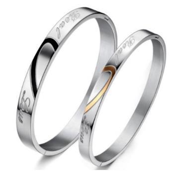 【I-Shine】心意相隨-愛心拼接情侶鈦鋼手環(對環組)