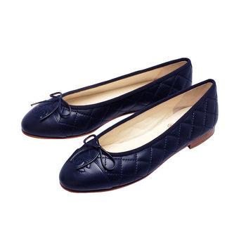 CHANEL 經典康朋系列菱格紋小香LOGO小羊皮娃娃鞋(藍-38)