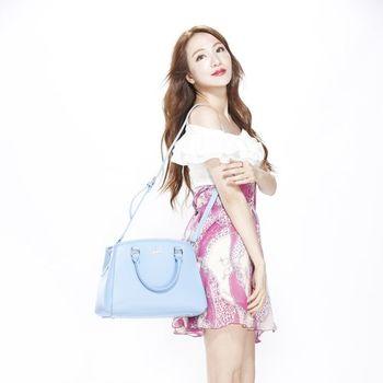 Rowana藝人愛用秋冬彩漾粉彩包