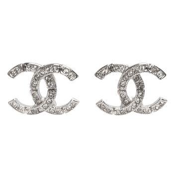 CHANEL 香奈兒經典雙C LOGO水鑽鑲嵌接縫造型穿式耳環(銀)