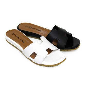 【Pretty】簡單舒適平底拖鞋-白色、黑色