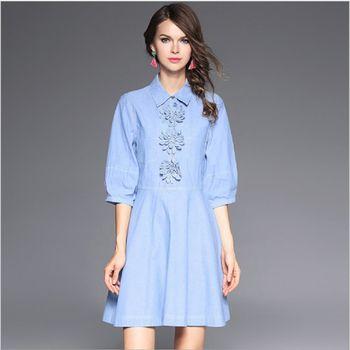 (現貨+預購 RN-girls)--歐美秋季精品時尚燈籠袖花朵扣A字連身裙