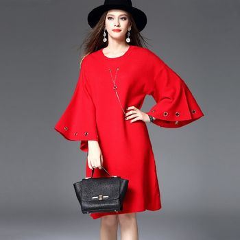 【M2M】純色優雅落肩喇叭袖寬鬆連衣裙(共二色)