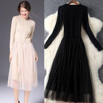 【M2M】純圓領編花針織衫拼接網紗長袖洋裝(共二色)
