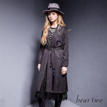 beartwo燒花圖騰翻領長版西裝外套(二色)