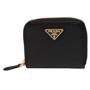 PRADA SAFFIANO TRIANG系列金色三角LOGO小牛皮拉鍊卡夾/零錢包(黑)