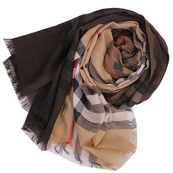 BURBERRY經典大格紋兩色漸層羊毛絲綢披肩/圍巾-(駝色/深咖啡色)