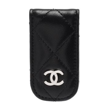 CHANEL  經典銀色雙C LOGO菱格紋羊皮磁釦鈔票夾(黑)