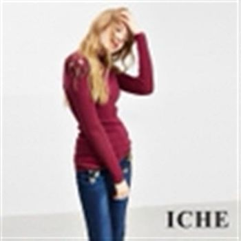 【ICHE 衣哲】羊毛微高領鏤空針織上衣