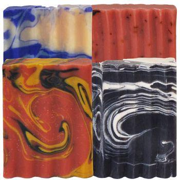 Indigo Wild-Zum Bar天然精油冷製手工羊奶皂(冬季的童話小木屋)4種