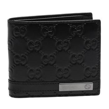 GUCCI 經典Guccissima GG壓紋小牛皮金屬牌短夾(黑色-8卡)