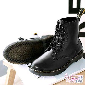 【ShoesClub】【054-N026】率性俐落休閒舒適楦頭車縫線耐穿中筒機車靴 中筒靴.黑色
