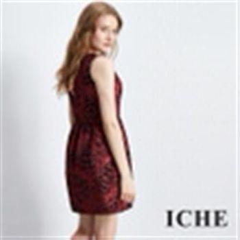 【ICHE 衣哲】立體提花紋打褶洋裝
