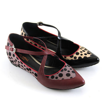 【GREEN PHOENIX】BIS-VITAL_義大利小羊皮動物紋尖頭內增高娃娃鞋-黑色、紅色