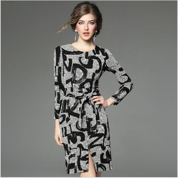 (現貨+預購 RN-girls)-歐美秋冬精品優雅氣質針織印花包臀修身連身裙