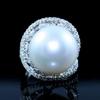 蕾帝兒珠寶 姿態純白深海貝珠戒指