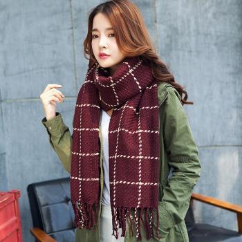 【幸福揚邑】韓版冬季經典百搭情侶粗毛線格子加長披肩圍巾-酒紅