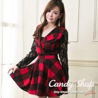 Candy小鋪 翻領低胸格紋蕾絲袖連身洋裝 ^#40 黑 ^#47 藍 ^#47 紅 ^#
