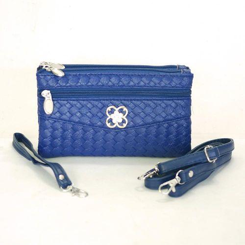 【Miyo】摩登時尚編織紋多層格功能包(寶藍)