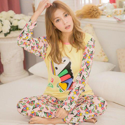 lingling日系 全尺碼-牛奶絲彩色木馬長袖二件式睡衣組(甜蜜黃)A3096