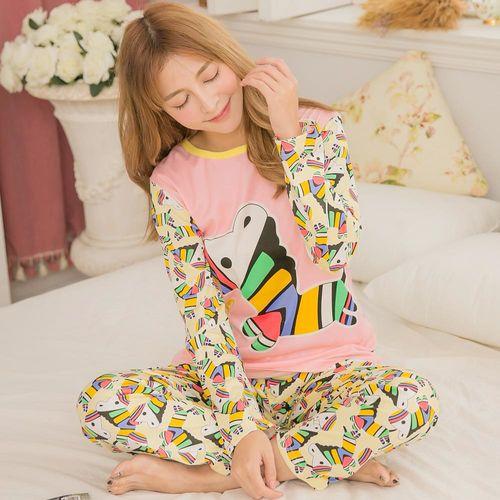lingling日系 全尺碼-牛奶絲彩色木馬長袖二件式睡衣組(繽紛橘粉)A3096
