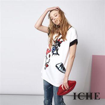 ICHE 衣哲 設計感紅鶴大眼印花造型長版T恤上衣