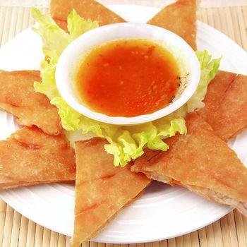 泰式黃金月亮蝦餅 *8片組 ( 200G±10%/片 )-附泰式酸甜醬