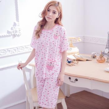 lingling日系 全尺碼-可愛貼布貓咪愛心英文字母短袖二件式睡衣組(浪漫粉)A3022