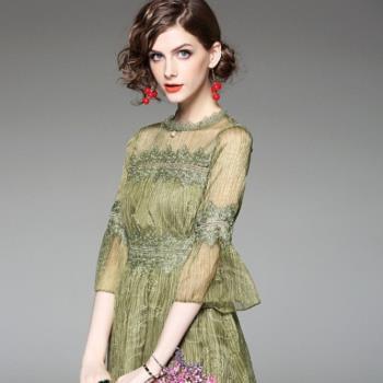 預購~伊凡莎時尚-E1705-00038E洋裝