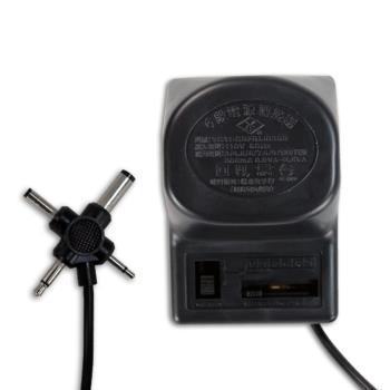 KINYO六段電壓萬用十字插頭變壓器(ADP-612)