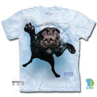 【摩達客】(預購)(男童/女童)美國進口The Mountain 水中拉布拉多黑狗兄 純棉環保短袖T恤