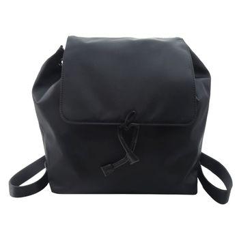 agnes b. 小B logo壓扣翻蓋束口尼龍後背包(黑)