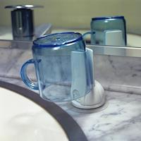 【3入特惠組】日本LEC兩用式吸盤漱口杯架